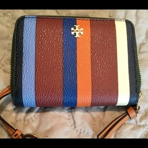 TORY BURCH wallet, new, striped with gold double T